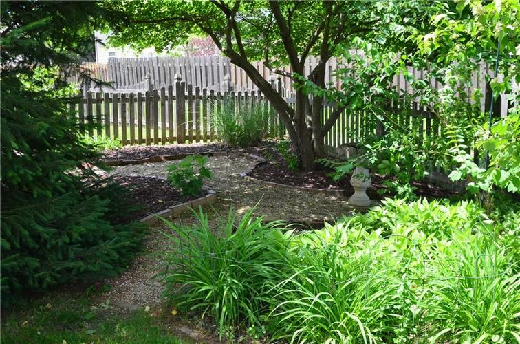 12630 TEALWOOD Drive Indianapolis, IN 46236   MLS 21645885   photo 32