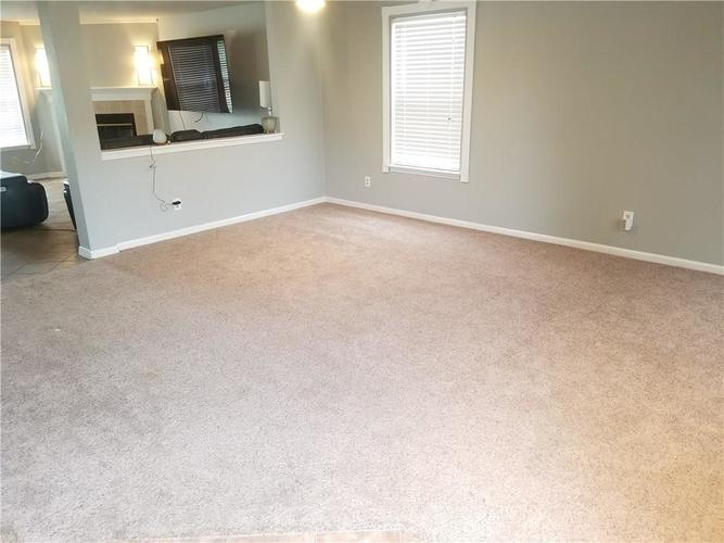 5136 Whisenand Drive Indianapolis, IN 46254 | MLS 21645888 | photo 4