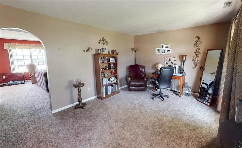 6391 E Old Otto Court South Camby, IN 46113 | MLS 21645955 | photo 2