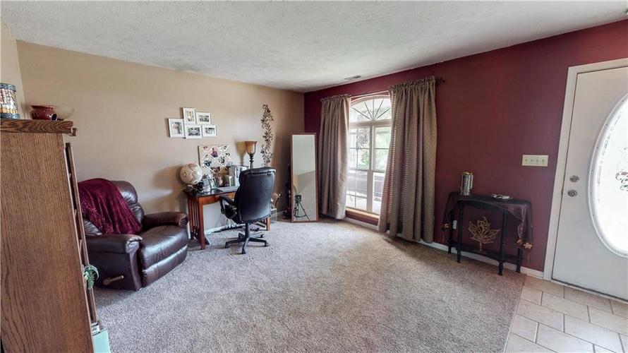 6391 E Old Otto Court South Camby, IN 46113 | MLS 21645955 | photo 3
