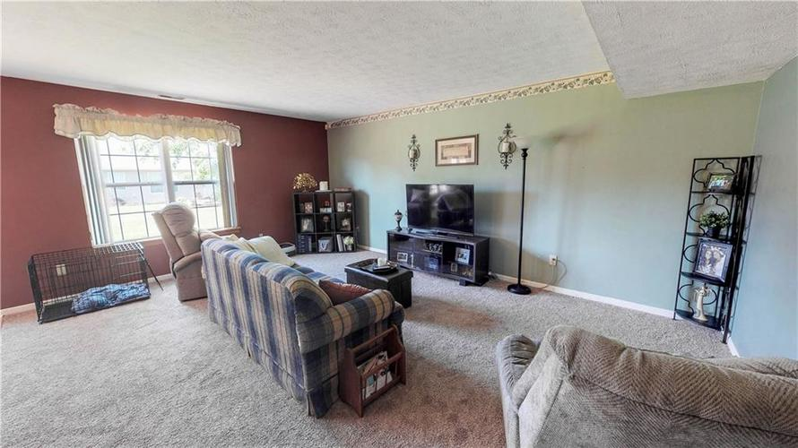 6391 E Old Otto Court South Camby, IN 46113 | MLS 21645955 | photo 4