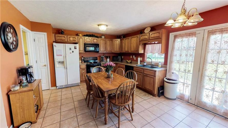 6391 E Old Otto Court South Camby, IN 46113 | MLS 21645955 | photo 7