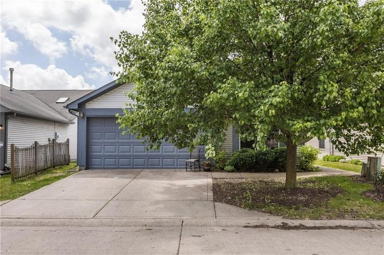 4104  Eagle Cove East Drive Indianapolis, IN 46254 | MLS 21646029