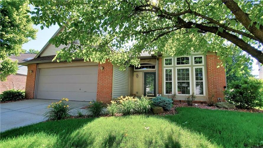 7441  Cinnamon Drive Indianapolis, IN 46237 | MLS 21646036