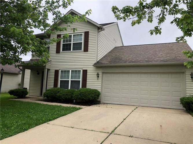11052 Fall Drive Indianapolis, IN 46229 | MLS 21646044 | photo 1