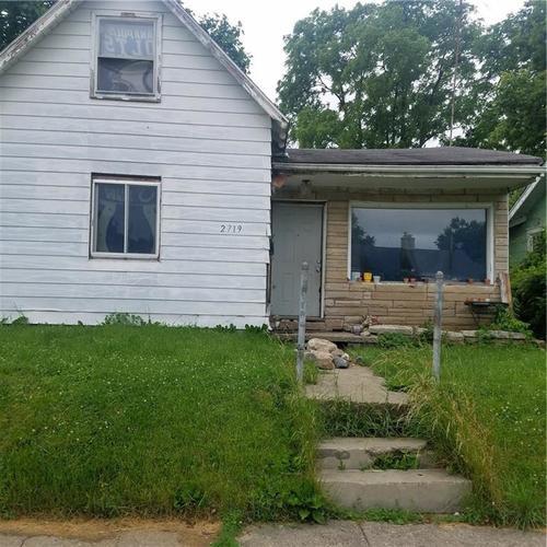 2719 LINCOLN Street Anderson, IN 46016 | MLS 21646118 | photo 1
