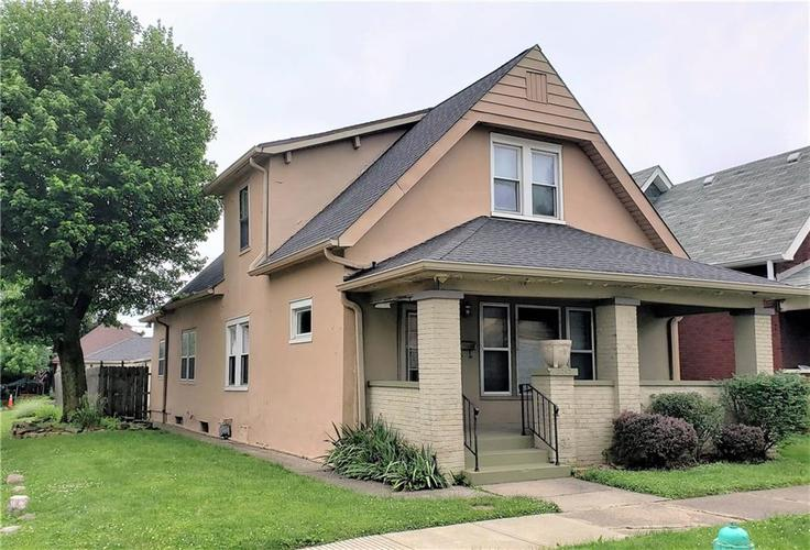 2242 S UNION Street Indianapolis IN 46225 | MLS 21646127 | photo 1
