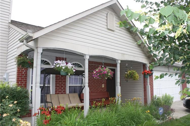 6440 Coconut Court Indianapolis, IN 46217 | MLS 21646161 | photo 1