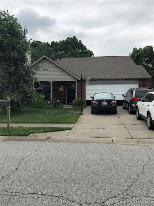 6440 Coconut Court Indianapolis, IN 46217 | MLS 21646161 | photo 4