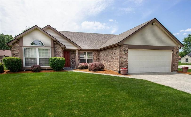 7638  Muirfield Place Indianapolis, IN 46237 | MLS 21646189