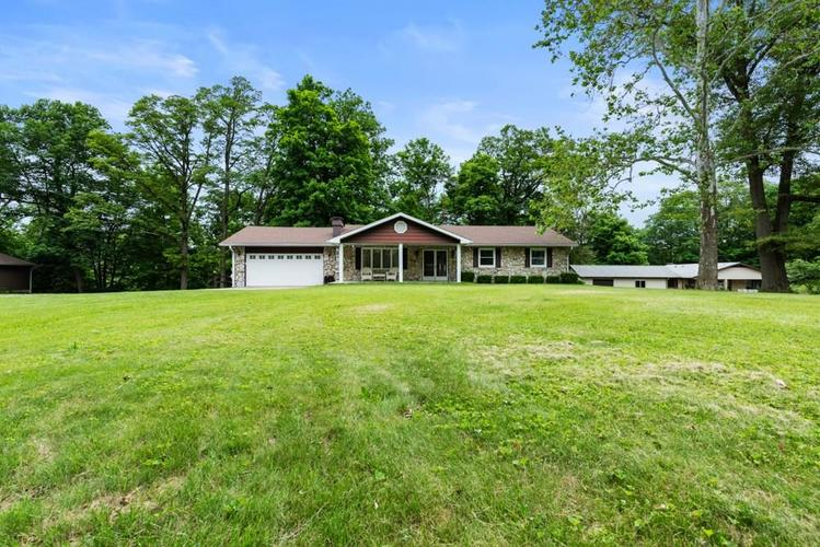 10900 E Hills And Dales Drive Selma, IN 47383   MLS 21646201   photo 1