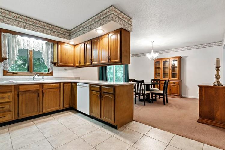 10900 E Hills And Dales Drive Selma, IN 47383   MLS 21646201   photo 8