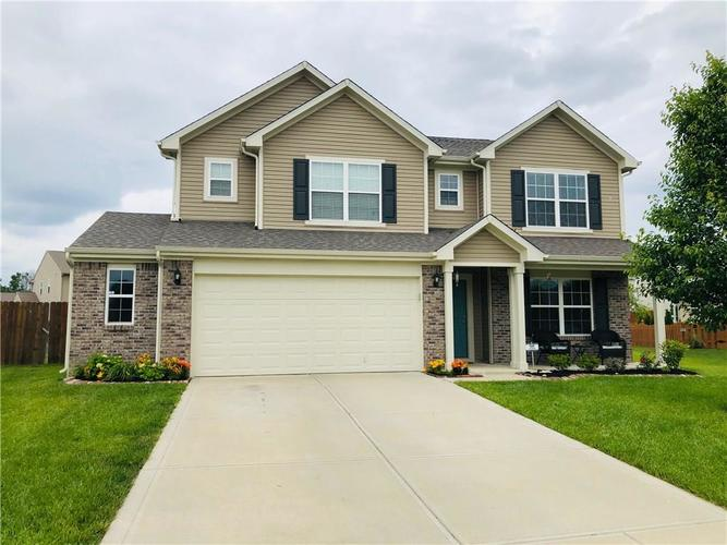 6498 Enclave Court Greenwood, IN 46143 | MLS 21646230 | photo 1