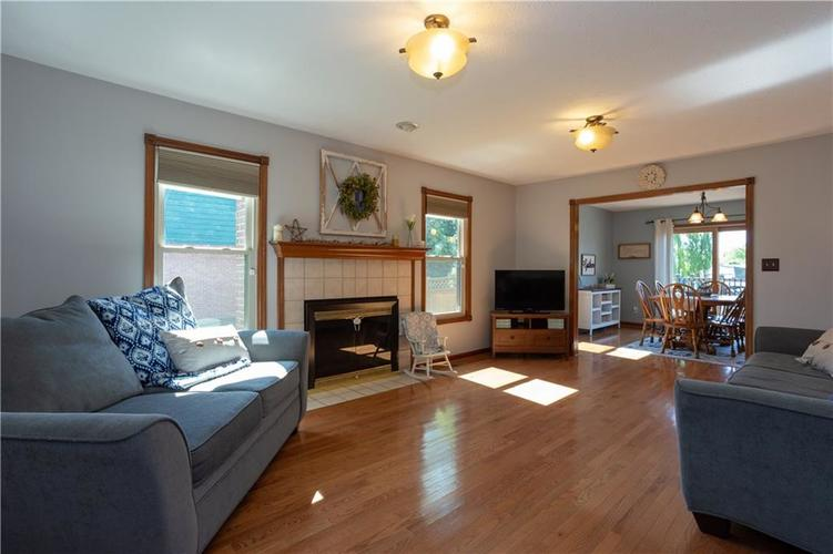 193 Park Forest N Drive Whiteland, IN 46184 | MLS 21646259 | photo 4