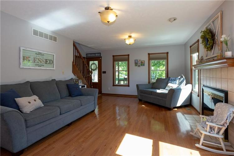 193 Park Forest N Drive Whiteland, IN 46184 | MLS 21646259 | photo 5