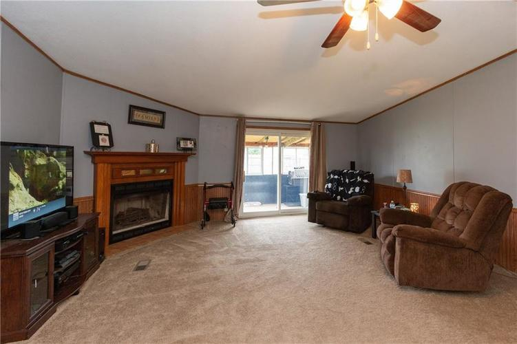 000 Confidential Ave.Seymour, IN 47274 | MLS 21646285 | photo 5