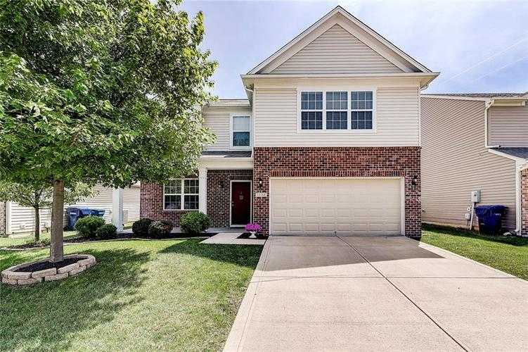 15188 ROYAL GROVE Drive Noblesville, IN 46060 | MLS 21646286 | photo 1