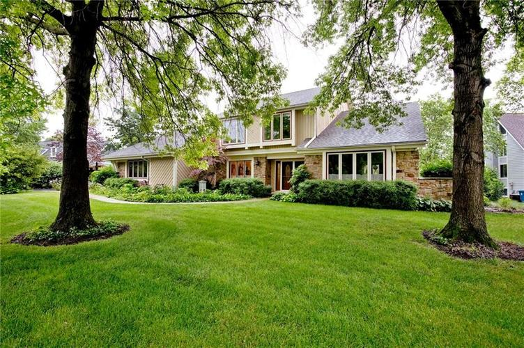 10803 Lakeview Drive Carmel, IN 46033 | MLS 21646326 | photo 22