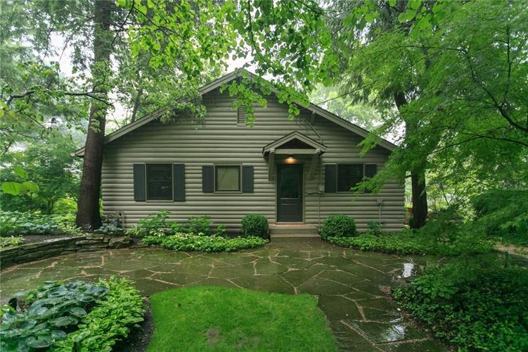 7545  Edgewater Drive Indianapolis, IN 46240 | MLS 21646428