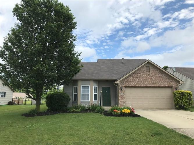 5533 Wood Hollow Drive Indianapolis, IN 46239 | MLS 21646444 | photo 1
