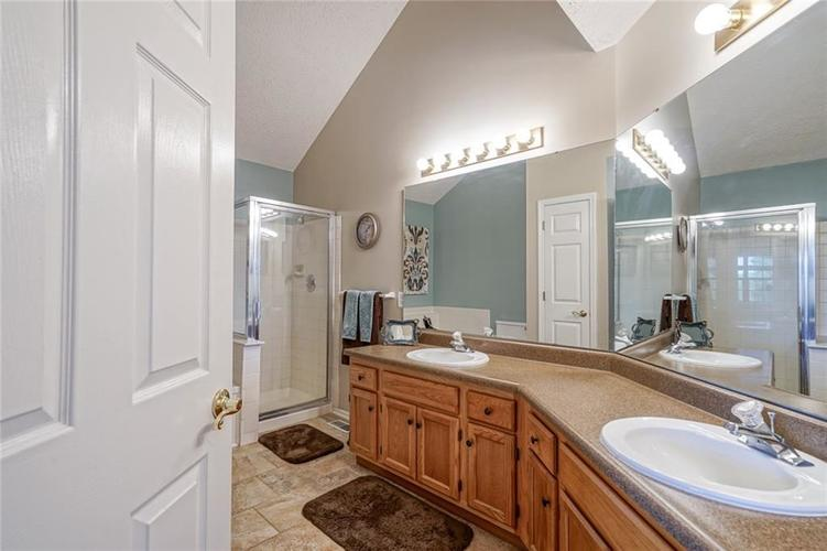 6908 SILVER TREE Drive Indianapolis, IN 46236 | MLS 21646574 | photo 21