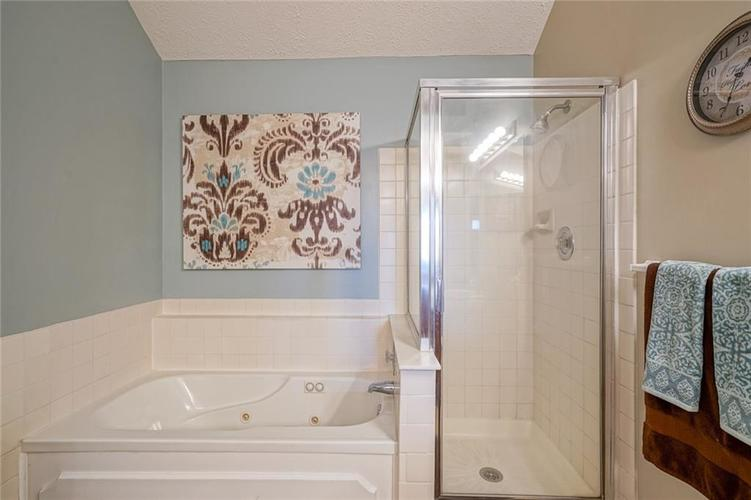 6908 SILVER TREE Drive Indianapolis, IN 46236 | MLS 21646574 | photo 23