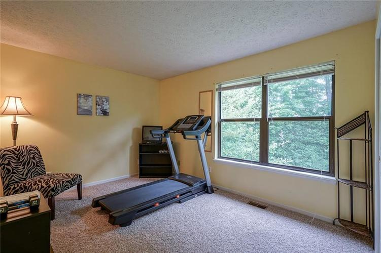 6908 SILVER TREE Drive Indianapolis, IN 46236 | MLS 21646574 | photo 24