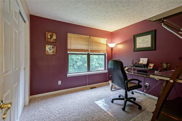6908 SILVER TREE Drive Indianapolis, IN 46236 | MLS 21646574 | photo 25