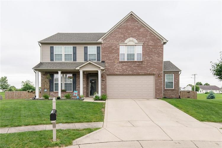 1101 Sycamore Court Greenwood, IN 46143 | MLS 21646623 | photo 1