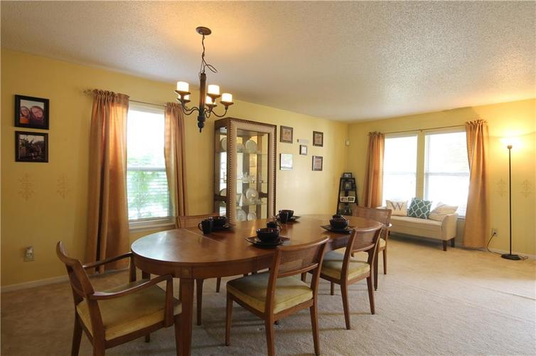 8733 Orchard Grove Lane Camby, IN 46113 | MLS 21646631 | photo 2