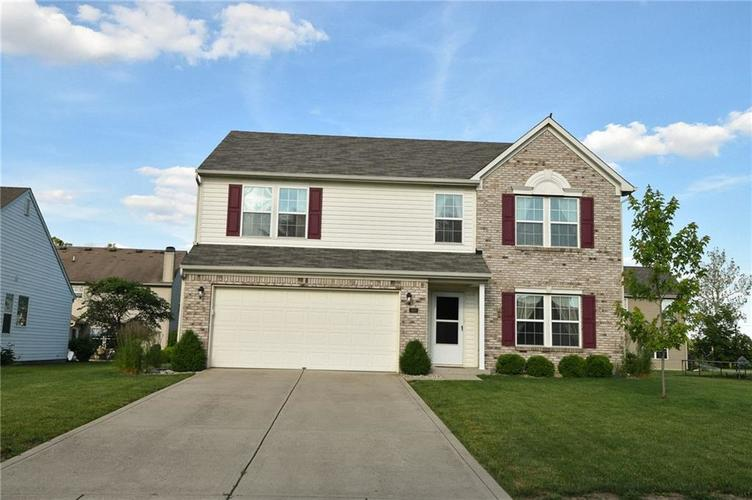 1809 N Murdoch Drive Greenfield, IN 46140 | MLS 21646632 | photo 1