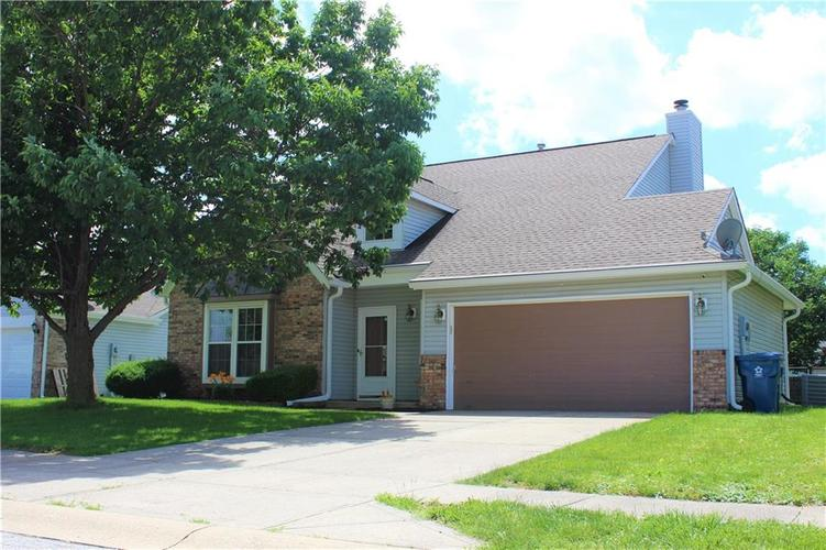5540 Foxtail Court Indianapolis, IN 46221 | MLS 21646639 | photo 1