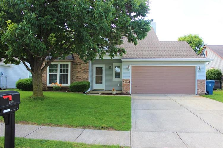5540 Foxtail Court Indianapolis, IN 46221 | MLS 21646639 | photo 2