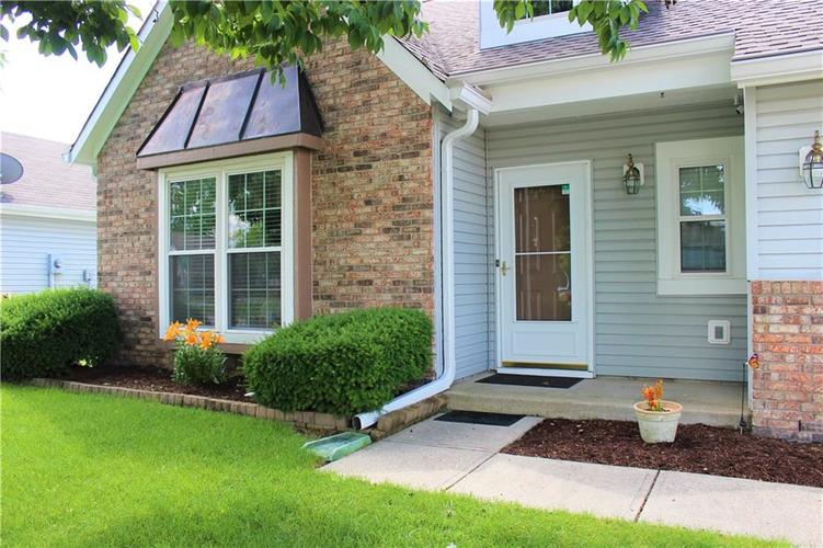 5540 Foxtail Court Indianapolis, IN 46221 | MLS 21646639 | photo 3