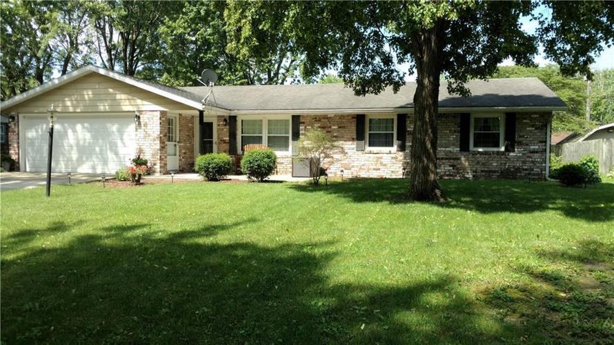 2305 N Old Towne Lane Muncie, IN 47304 | MLS 21646685 | photo 1