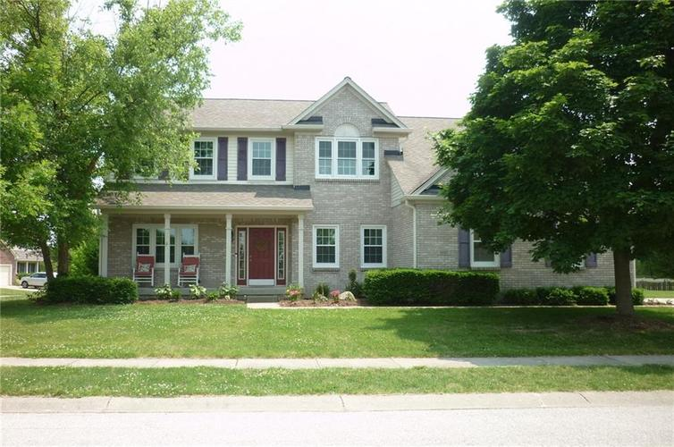 8683 Laurel Falls Circle Avon, IN 46123 | MLS 21646736 | photo 1