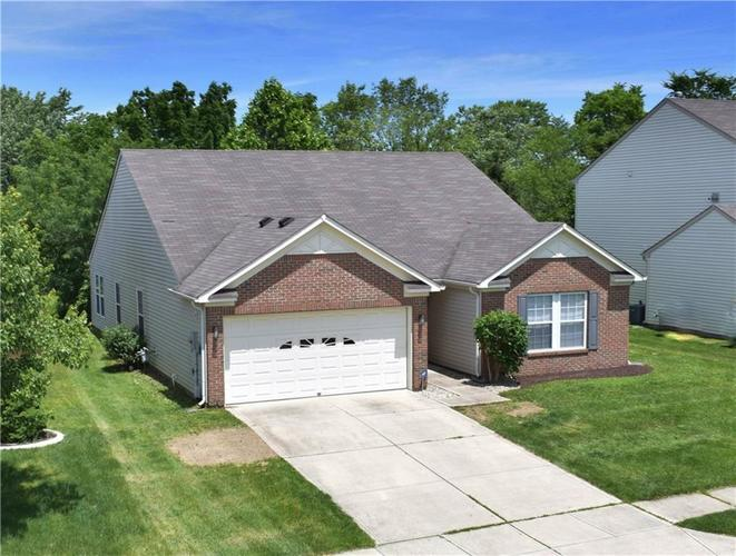 12720 White Rabbit Way Indianapolis, IN 46235 | MLS 21646757 | photo 1