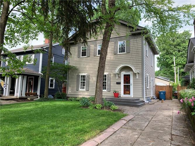 5325 Central Avenue Indianapolis, IN 46220 | MLS 21646761 | photo 2