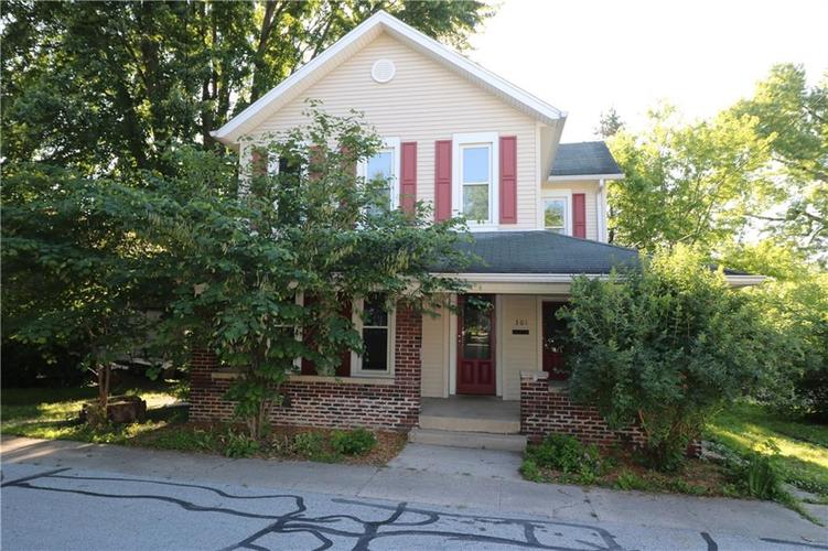 301  Young Street Franklin, IN 46131 | MLS 21646858