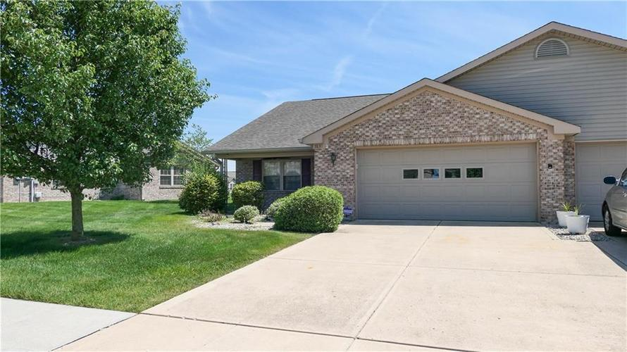 7631  Easy Place Indianapolis, IN 46259 | MLS 21646879