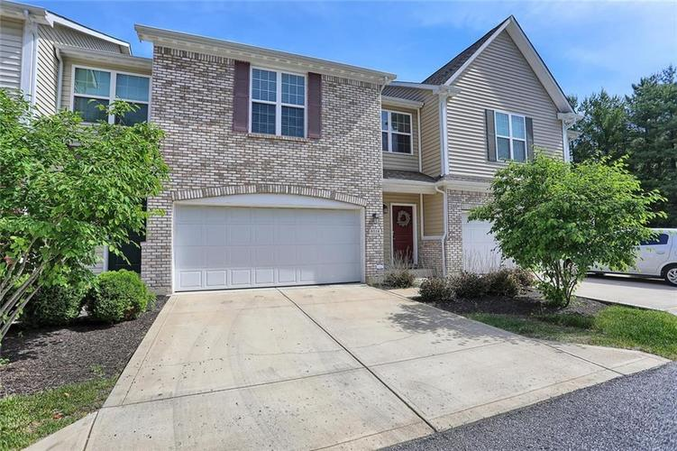 8316 Pine Branch Lane Indianapolis, IN 46234 | MLS 21646892 | photo 2