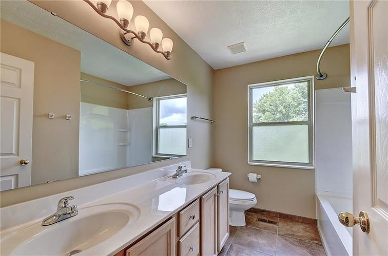 9920 Alexia Drive Indianapolis, IN 46236 | MLS 21646914 | photo 13