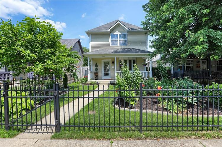 915  PACA Street Indianapolis, IN 46202 | MLS 21646915