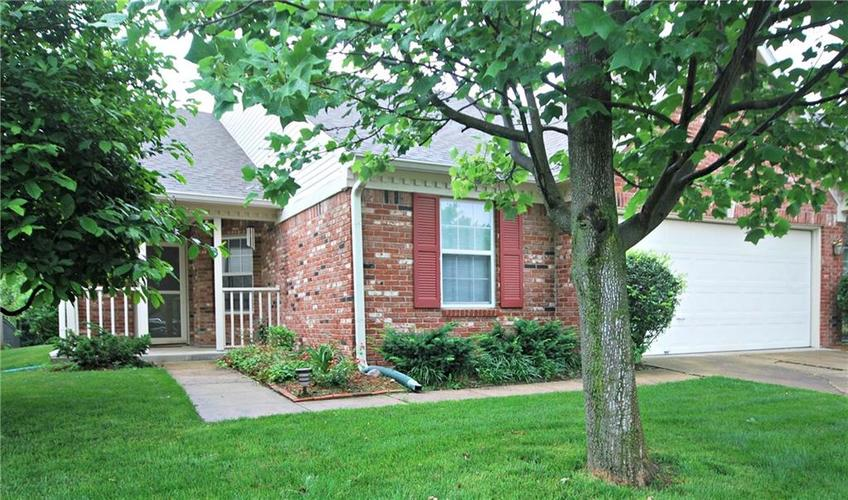 4934 Quail Ridge Lane Indianapolis, IN 46254 | MLS 21646973 | photo 1