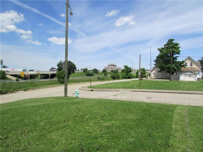 1146 S Kenwood Avenue Indianapolis, IN 46225 | MLS 21647030 | photo 27