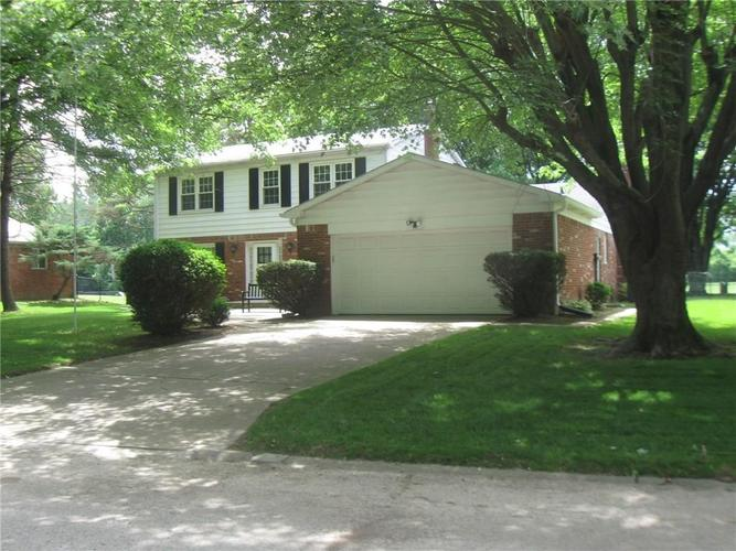 830 Greenlee Court Indianapolis, IN 46234   MLS 21647042   photo 2