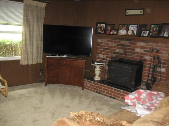 830 Greenlee Court Indianapolis, IN 46234   MLS 21647042   photo 5