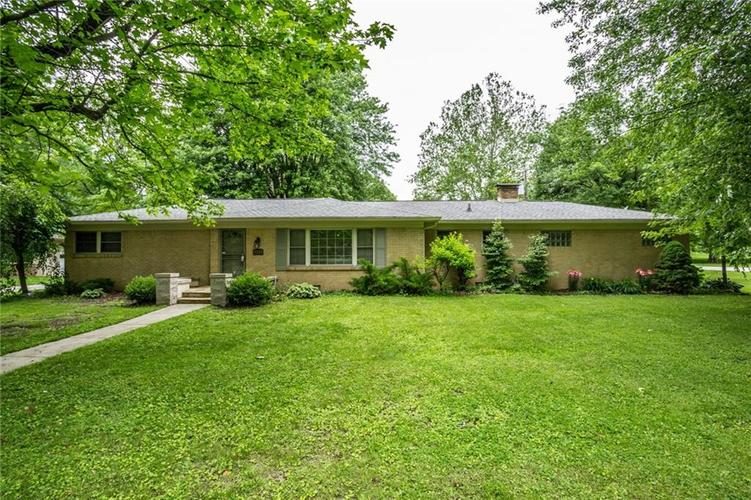 10144 N Broadway Avenue Indianapolis, IN 46280 | MLS 21647069 | photo 1