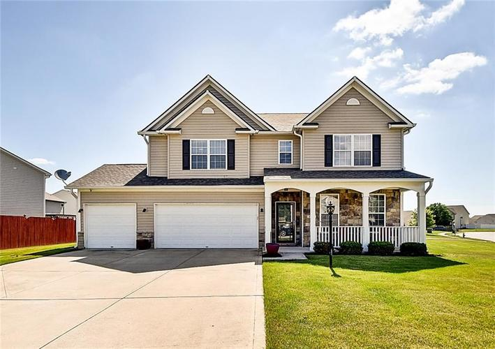9471  Treyburn Lakes Drive Indianapolis, IN 46239 | MLS 21647107