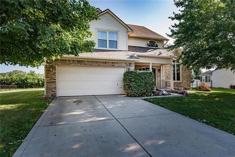 7700 CORSICAN Circle Avon, IN 46123 | MLS 21647139 | photo 2